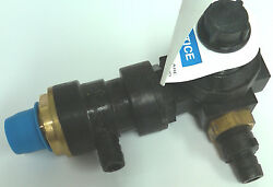 Watts 3/8 P 9kr3 M1 Backflow Preventer And Pressure Regulator Assembly