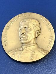 Walter Reed Hall Of Fame Great Americans Yellow Fever Bronze Medal 44mm.