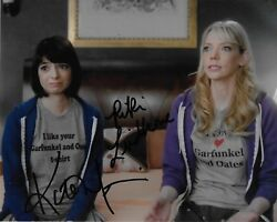 Autographed Kate Micucci And Riki Lindhome Garfunkel And Oates 8x10 Photo