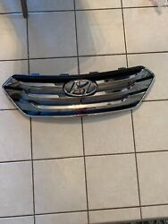 2013 2014 2015 Hyundai Santa Fe Grille Oem See The Pictures