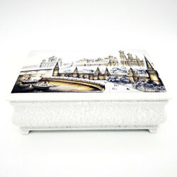Fantastic Russian Lacquer Box Moscow Kremlin Architecture Hand Painted 9
