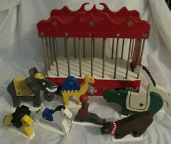 Handcrafted Wood Toy Circus Wagon With 8 Animals - Artist Signed And Dated 1997