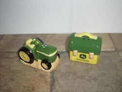 Nice John Deere Salt And Pepper Tractor And Lunch Box Shaker Set Free Shipping