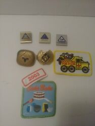 Cub Scout/boy Scout Small Lot Of Buckle Badges And Patches