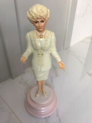 Mary Kay Ash 40th Anniversary Collectible Ceramic Figurine Statue Doll Rare-mint