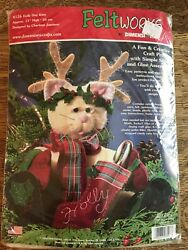 Felt Works by Dimensions HOLLY DAY KITTY Plush Christmas Cat Kit Feltworks New