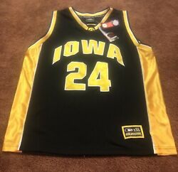 Mens University Of Iowa Hawkeyes Jersey Embroidered Colosseum Athletics 24 Xl