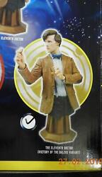 Titan Merchandise Maxi Bust - 11th Doctor Who - Biscut Hand Mat Smith - New