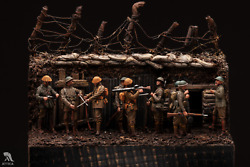 British Infantry In Trench Ww1 Painted Toy Soldier Pre-sale   Art Quality