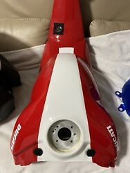 18-19 Ducati Panigale V4 V4s Speciale V4r Gas Fuel Tank Petrol Red And White
