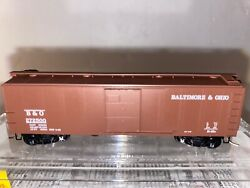 N Scale - Mtl 120210 Bando 40and039 Usra Sd Boxcar W/ Flat-panel Roof 272500 N824