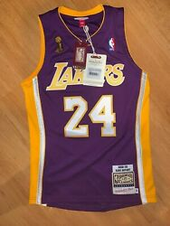 Mitchell And Ness Los Angeles Lakers Kobe Bryant Jersey Size Small 36