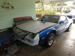 1986 Camaro Complete Without Engine Selling For Parts  Or By The Piece.