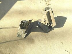 68 Buick Electra 225 Convertible Left Right Mounts Cylinder Brackets Oem