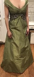 Monique Lhuillier Ball Gown Antique Beading Handmade Size 10 Worn Once 9995