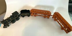 Pre-owned Cast Iron Train Engine And Coal Tender W 402 And 403 Passenger Cars