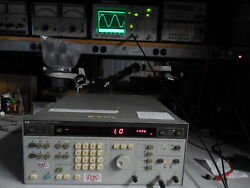 Agilent / Hp 3326a Two Channel Synthesizer Option 001 Tests Guaranteed Pass Calb