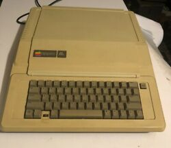 Vintage Apple 2e Computer With 2 Disc Driver In