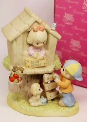 Precious Moments Building Special Friendships 879029 - Girl In Treehouse / Boy
