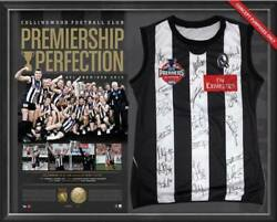 Collingwood Magpies 2010 Premiers Team Hand Signed Framed Jumper Swan Pendlebury