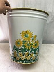 Vintage Mid Century Yellow Tin Trash Can With Daisy Flowers Kitchen Farm Country