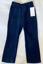 Lululemon On The Fly Woven Navy Blue Pants / Crops New Size 2 Retail 98