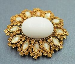 Glass & Rhinestone Womans Vintage Brooch Goldtone Collectable Fashion Jewelry
