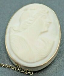 Vintage White Shell Cameos Womens Brooch 9ct Yellow Gold With Safety Chain And Pin