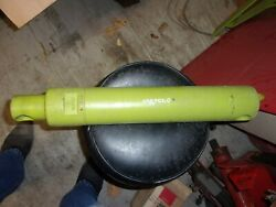 Used Claas Hydraulic Lift Cylinder Off An 860 Forage Harvester