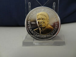 Vintage 1984 President Ronald.reagan Gold Tint Embossed Double Eagle Lucky Coin