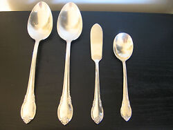 1847 Rogers Remembrance Silver Plate Serving Sugar Spoon Butter Knife - Lot Of 4