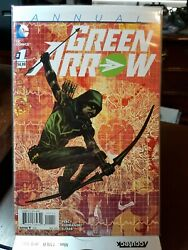 Dc Modern Age Comic Books Lot Of 8. Green Arrow. 2015. Issue 1 Included.