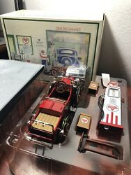 Conoco Lasalle Pedal Car And 36b Gas Pump With Base Rare To Find