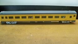 Ihc Union Pacific Smooth Side 1930 85and039 Coach W Interior And Passengers Kadees