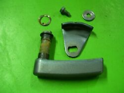 89 Yamaha Excel 225 Hp 2.6l Cowl Cowling Latch Left Rear Lever 6e5-42817-00-ek