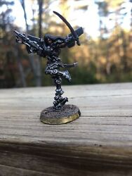 Infinity Limited Edition Pro Painted Infinity Red Veil Yuan Yuan 28mm