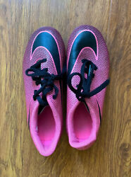 Soccor Shoes Nike For Girls Size 13C $9.20