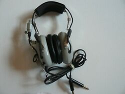 Concept Industries Soft Comm C-40 Aviation Pilotand039s Headset With Microphone