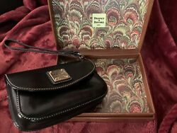 Vintage Dooney amp; Bourke Wristlet Leather Black Clutch with Box And Dust Bag $34.99