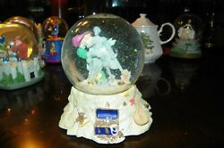 The Disney Store The Little Mermaid Snowglobe Plays Part Of Your World
