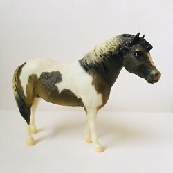 Breyer Traditional Horses 1:9 Scale Pinto Pony Model Toy Figure