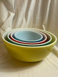 Set Of 4 Vintage Pyrex Primary Colors Nesting Mixing Bowls