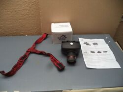 Smart Home Personal Lighting Nib 3 Way Zoom Or Head Lamps Or 4 Clip On Lights