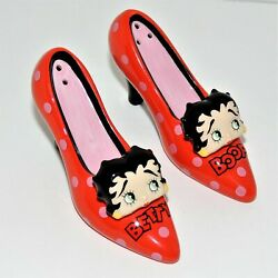 Betty Boop Porcelain Salt And Pepper Shakers Set