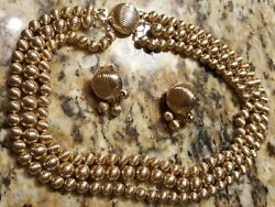 Vtg Sarah Coventry Multi Strand Gold Ribbed Bead Necklace And Earrings Set..signed