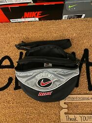 Supreme Nike Shoulder Bag Fanny Pack Silver Grey *pre owned* AUTHENTIC SHIP FAST $124.99