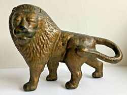 Rare C.1890and039s -1910and039s Hubley Proud Lion Cast Iron Still Bank Doorstop Conv.