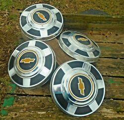 Vintage 60-70and039s Chevy Chevrolet Yellow Black Hubcap Hub Cap 68 69 70 71 72