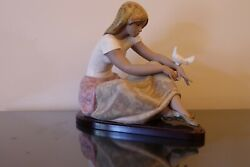 Lladro 3526 Girl Watching The Dove W/ Stand Gres Porcelain Figurine W/ Box Rare