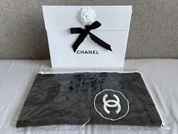 Brand New Classic Large Cc Cashmere Silk Stole Scarf Black / Ivory